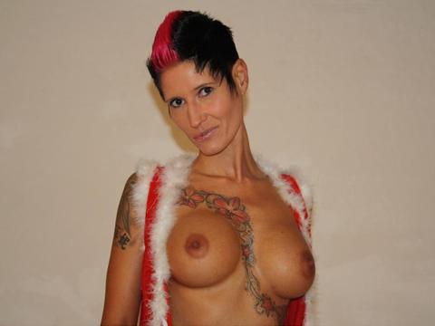 sexcam schlampe mit tattoos